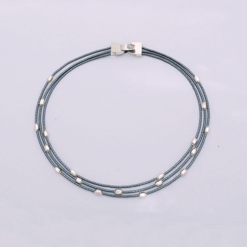 collar-abstracciones-pirinolas-01