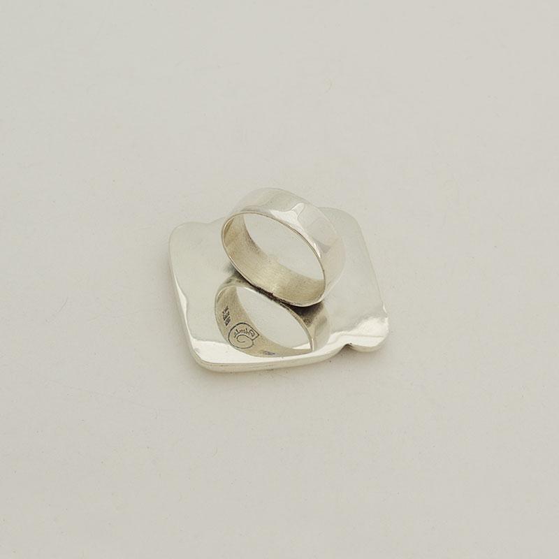 anillo-abstracciones-espejo-nácar-02
