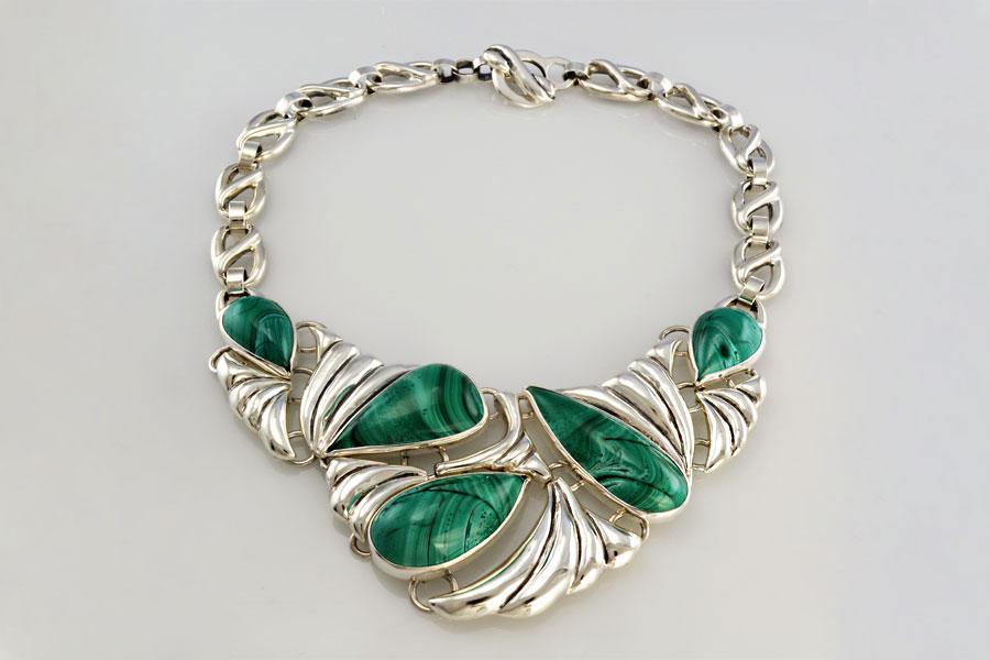 collar-pieza-unica-costa-verde-malaquita