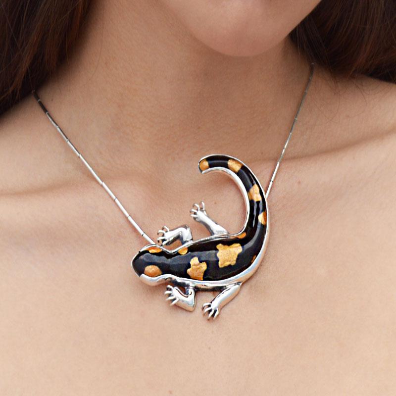 dije-animal-salamandra-esmalte-04
